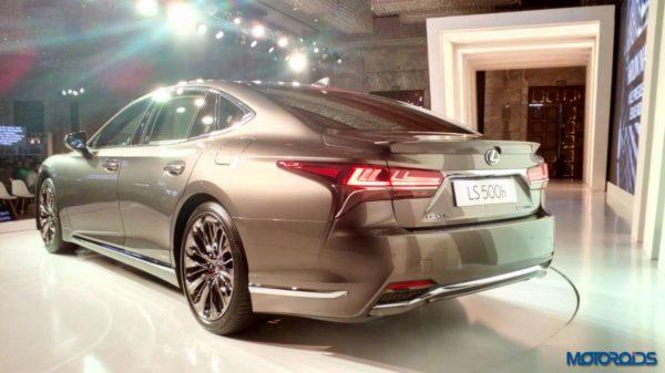 Lexus-LS-500h-launched-in-India-41-600x337