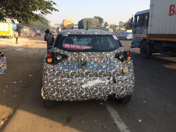 Mahindra S201 Compact SUV Spy Image (4)