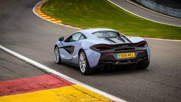 McLaren-570GT-And-570S-Coupé-Get-New-Sport-Pack-And-Design-Editions-5-600x338