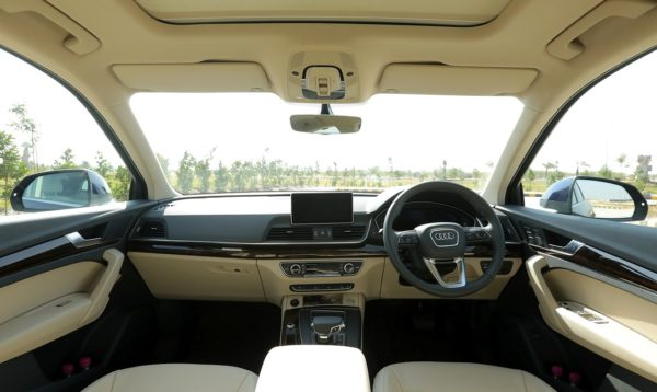 New 2018 Audi Q5 India dashboard