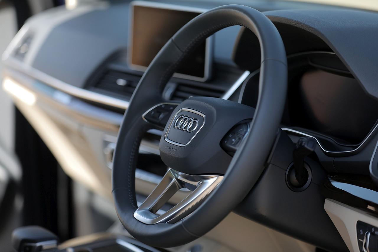 New-2018-Audi-Q5-India-drive-selector-4