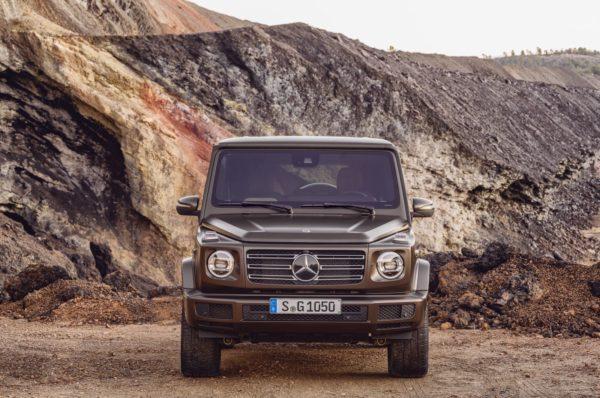 New-2018-Mercedes-Benz-G-Class-10-600x398