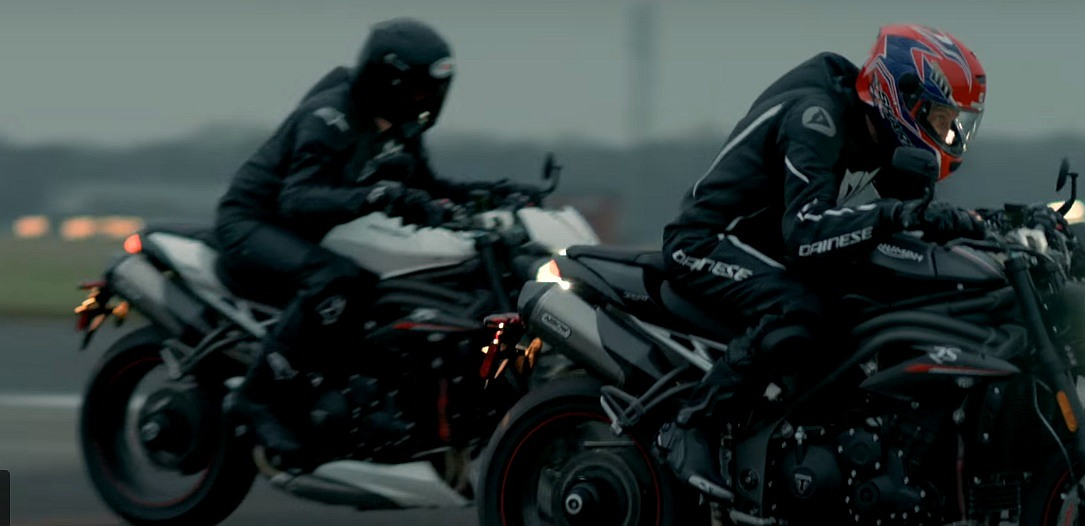 New-Triumph-Speed-Triple-RS-and-R-1