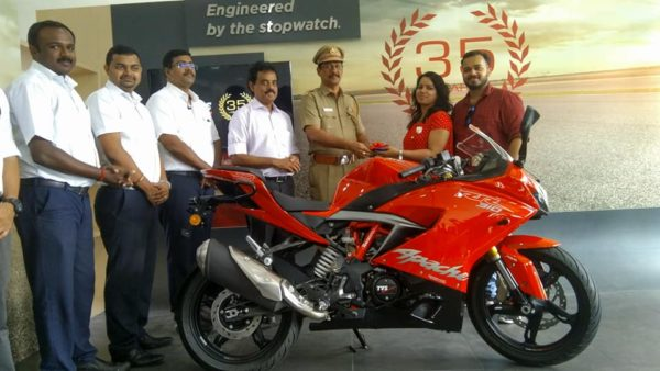 TVS Apache RR310 deliveries begin in India (1)