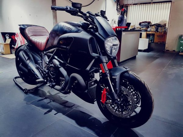 Ducati-Diavel-Diesel-India-600x450