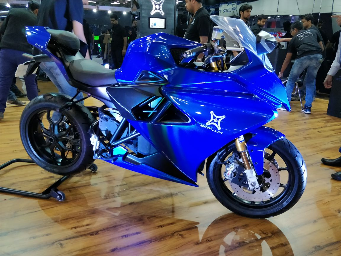 Auto expo 2018 emflux one electric performance for Motor city powersports hours