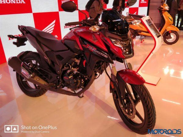 Honda-Xblade-021-600x450