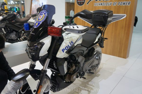 Istanbul Metropolitan Municipality and Police Department To Use Bajaj Dominar 400 (3)