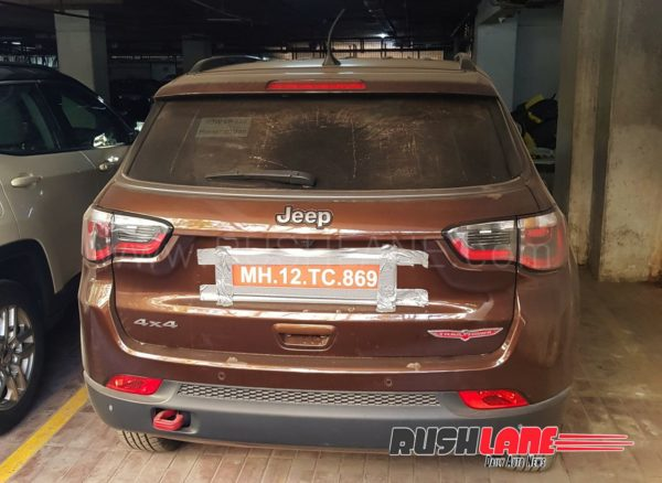 Jeep-Compass-Trailhawk-spied-in-India-600x438