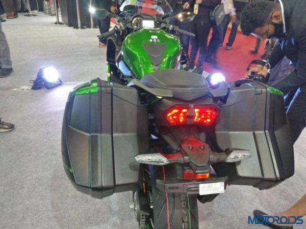 Kawasaki-Ninja-H2-SX-Special-Edition-H2-SX-SE-009-600x450