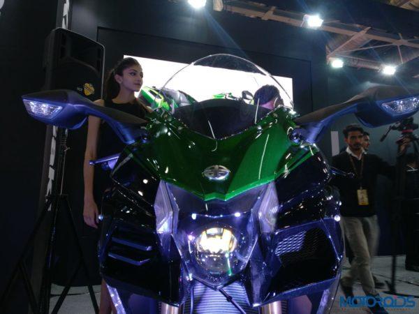 Kawasaki-Ninja-H2-SX-Special-Edition-H2-SX-SE-018-600x450