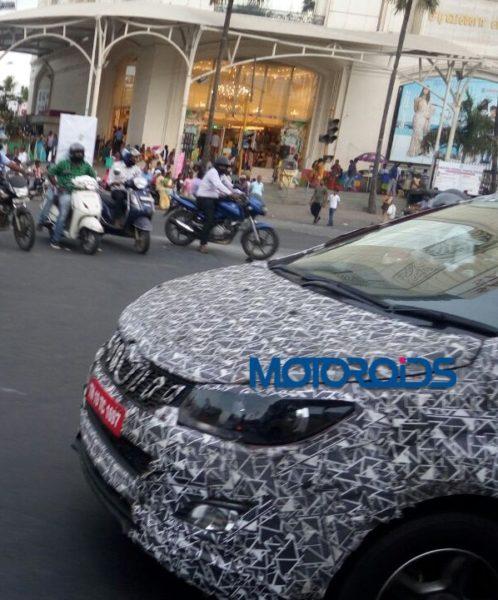 More Spyshots of upcoming MPV from Mahindra (1)