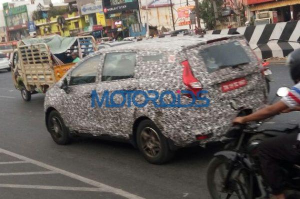 More Spyshots of upcoming MPV from Mahindra (2)