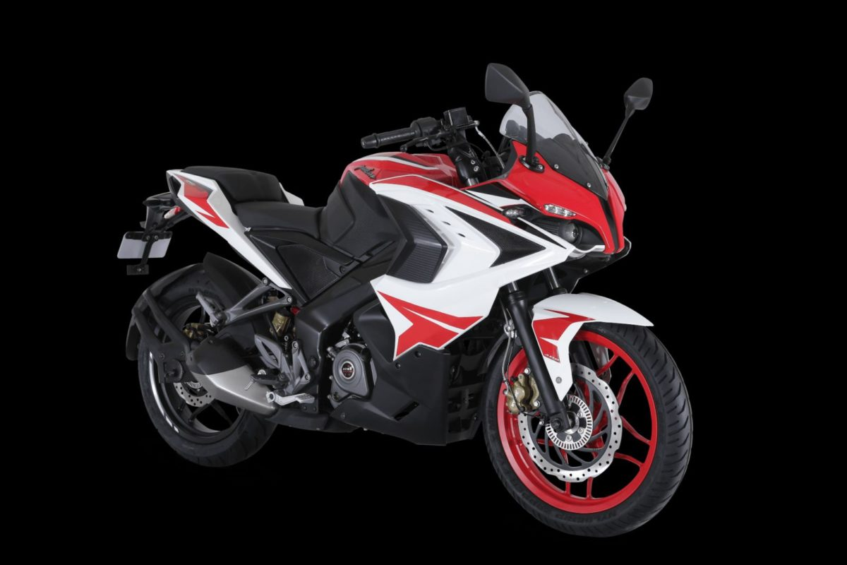 Pulsar RS200 – Racing Red (1)