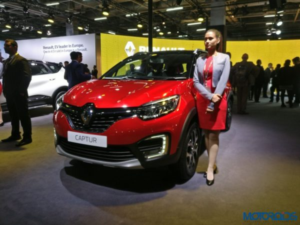 Renault Captur Radiant Red Front