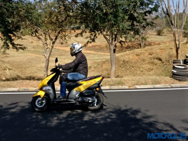 TVS NTORQ 125 Review - On Road