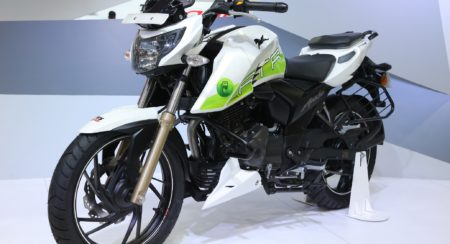 Auto Expo 2018 : TVS Apache RTR 200 Fi Ethanol Has A Greener Heart