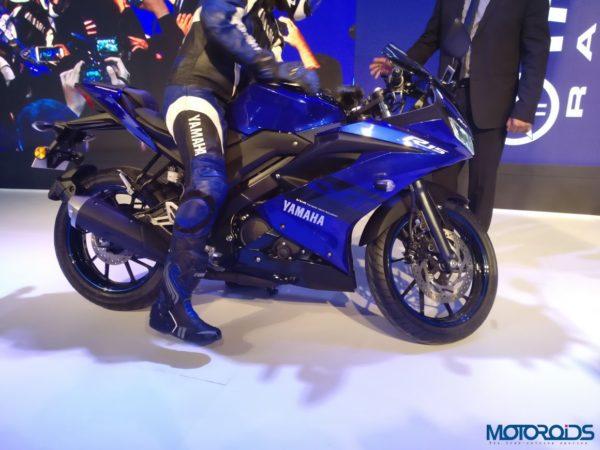Yamaha-r15-024-600x450
