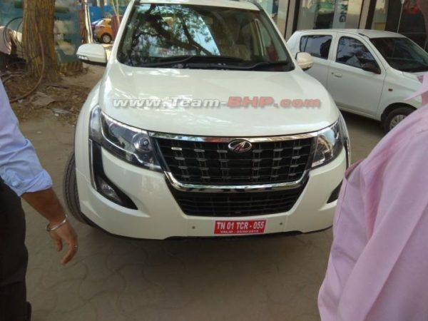 Mahindra XUV 500 Facelift Spied, To Be Launched Soon