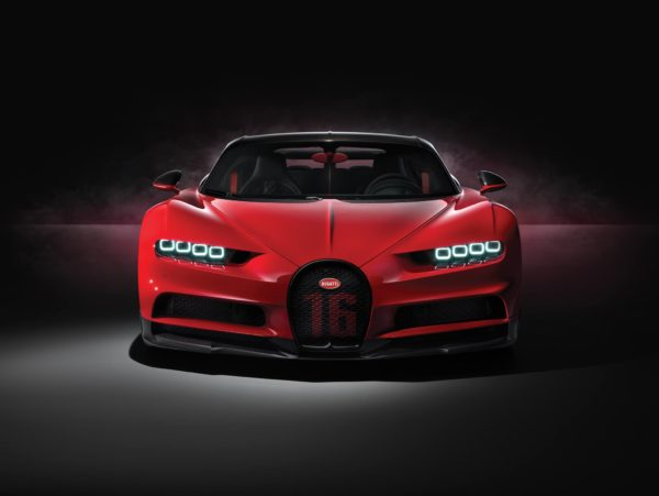 Bugatti Chiron Sport breaks cover at Geneva