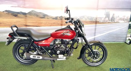 New 2018 Bajaj Avenger 180 Street Review (1)