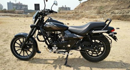 New 2018 Bajaj Avenger 180 Street Review (9)