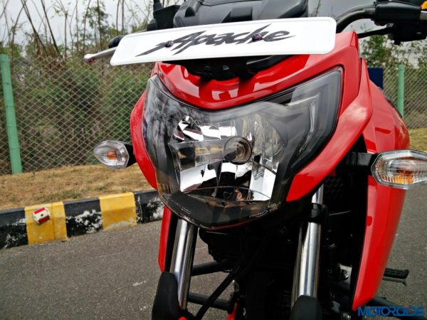New 2018 TVS Apache RTR160 4V Review (4)