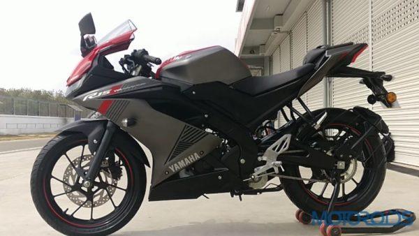 Yamaha R15 V3 012