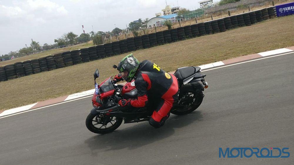 Yamaha R15 V3 - Ride and Handling