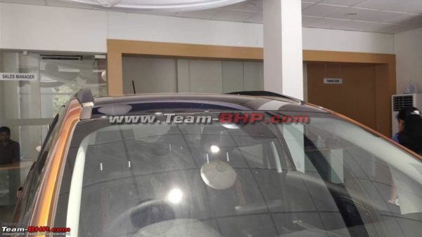 Ford EcoSport Titanium S variant blacked out roof