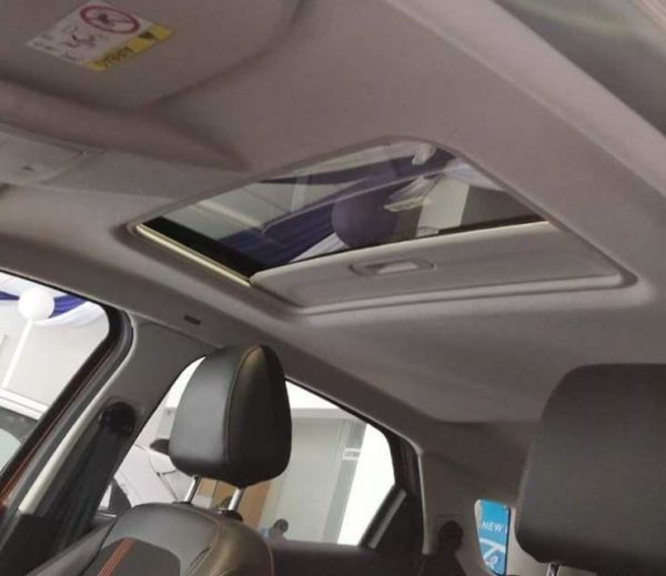 Ford EcoSport Titanium S with sunroof 1