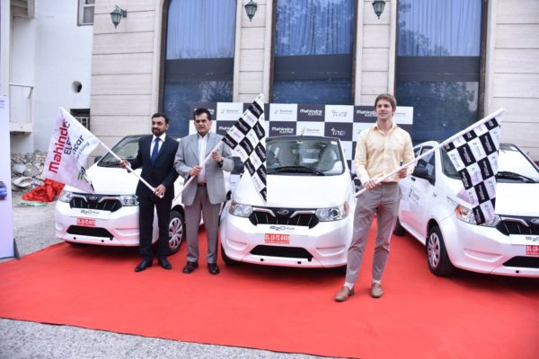 Mahindra Electric And Zoomcar Join Hands To Offer Self Drive EVs On Rent In Delhi (1)
