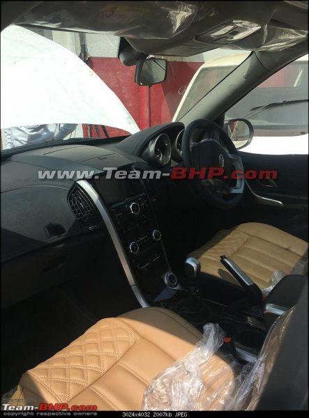 Mahindra XUV500 Interiors Spied (1)
