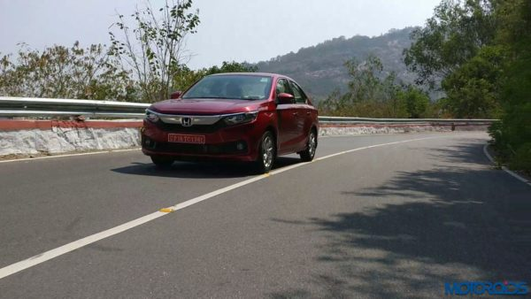 New 2018 Honda Amaze Review Action Shots (2)
