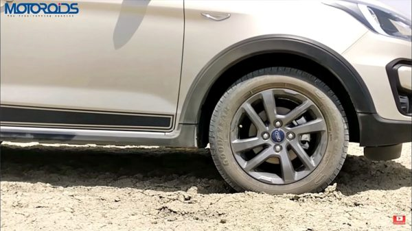 New Ford Freestyle Review (9)