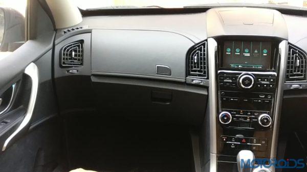 Plush New Mahindra XUV500 (Facelift) Review (45)