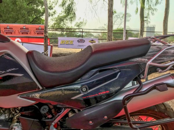 SWM Superdual T600 seat