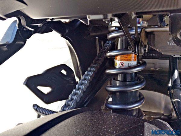 Suzuki GSX S750 Review (47)