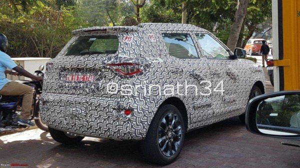 Test Mule Of Range Topping Mahindra S201 Spied Upclose (1)