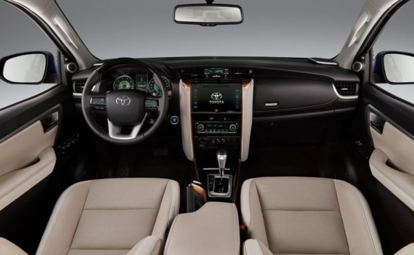 Toyota Fortuner Diamond Edition – Interior (1)