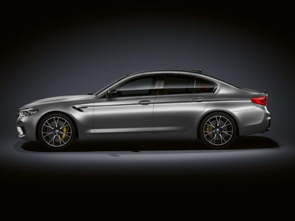 2018 BMW M5 Competition (2)