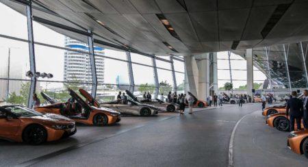 BMW i8 Roadster First Edition deliveries begin (1)