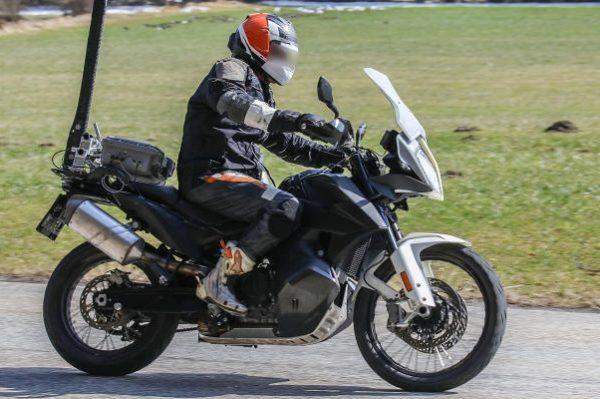 KTM 790 Adventure R Spied (1)