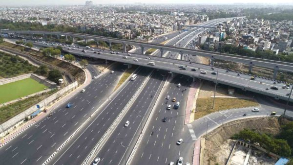 New 14 Lane Delhi Meerut Expressway Cuts Travel Time From 45 Minutes To Just 8 Minutes (2)