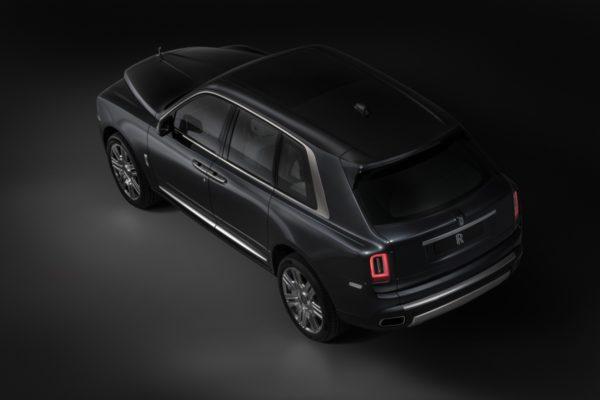 New 2018 Rolls Royce Cullinan (1)