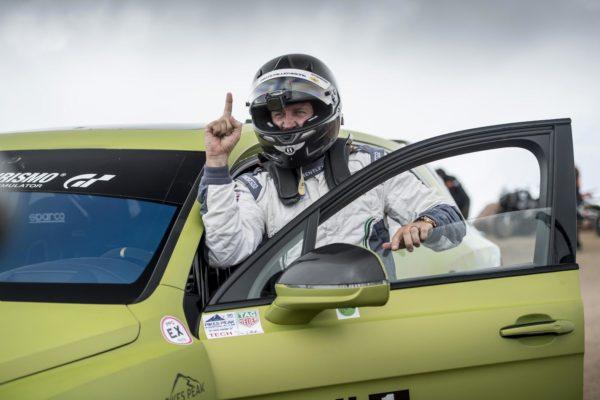 Bentley Bentayga smashes Production SUV record at Pikes Peak (2)
