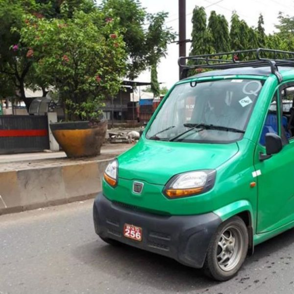 CNG Powered Bajaj Qute Spotted In India (1)