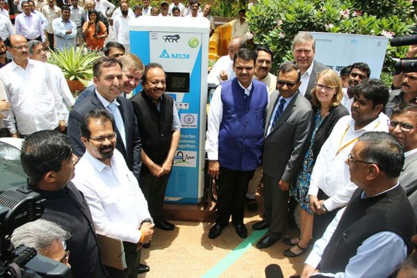 Delta Electronics India Launched Mumbai's first DC Fast Charger for Electric Vehicles at Maharashtra Mantralaya (1)