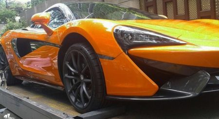 India's First McLaren 570S Spider Arrives In Mumbai