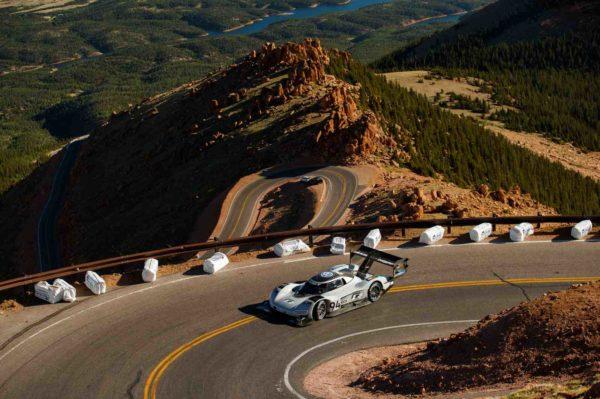 Volkswagen ID R Pikes Peak Sets New Record At 2018 Pikes Peak (5)